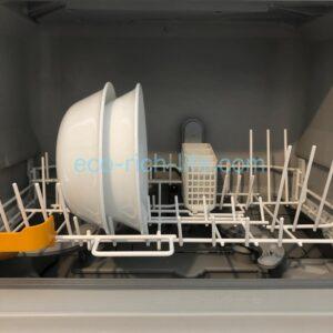 コレールのお皿が食洗機にジャストフィットしている写真